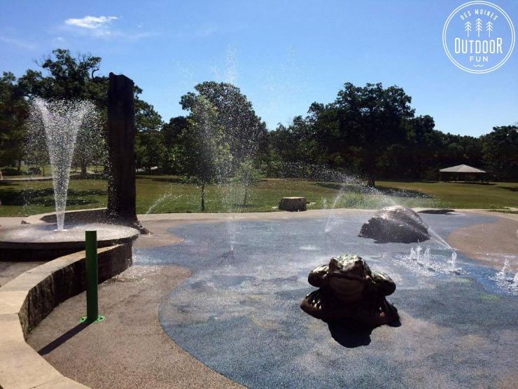 mchenry park sprayground des moines iowa