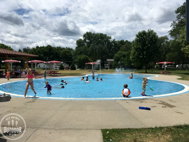 pete crivaro park and wading pool des moines iowa (2)