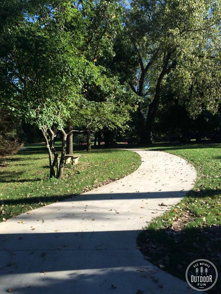 urbandale arboretum paved hiking paths (1)