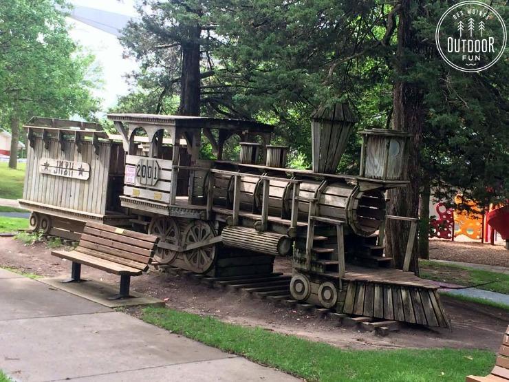 train playground des moines iowa
